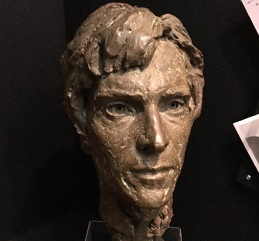 A statue of the young Jeremy Brett