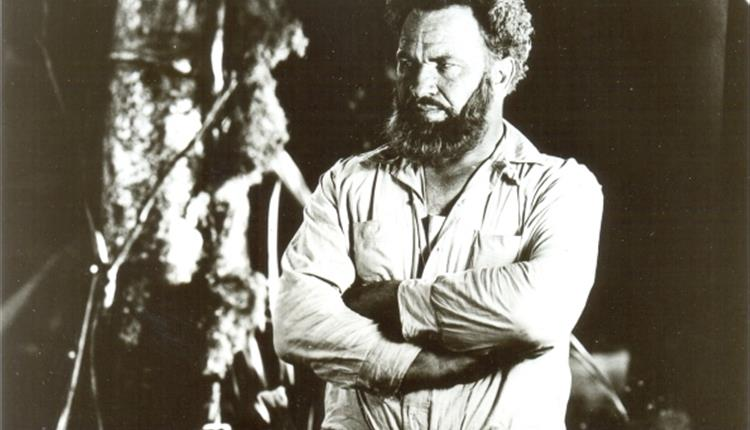 Photo of Wallace Beery as Professor Challenger